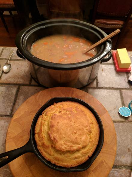 bean-soup-and-cornbread