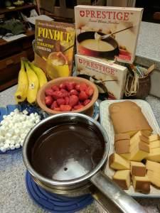 choc fondue set up